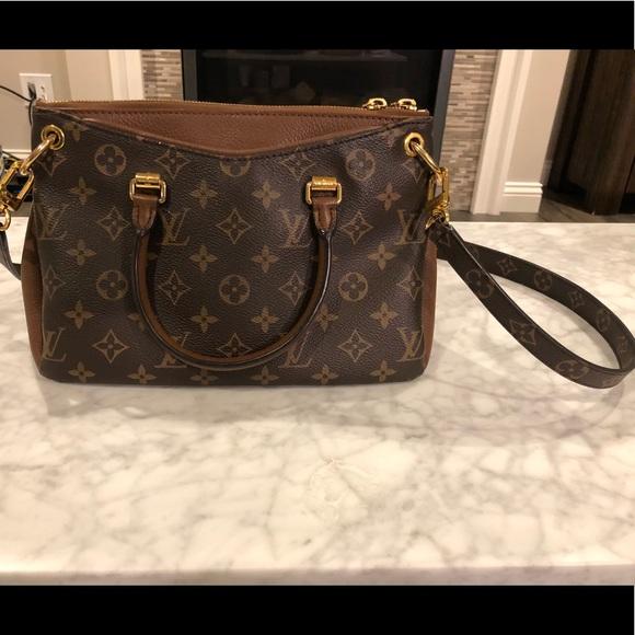 273a6f2d42b5 Louis Vuitton Handbags - LOUIS VUITTON PALLAS BB BROWN